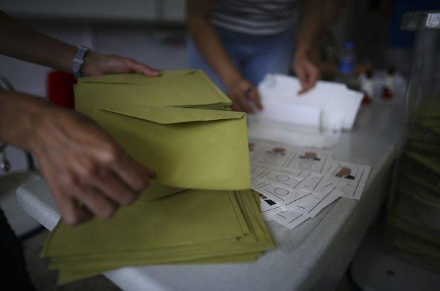 Sandıktan fazla çıkan oy, yakılarak imha edildi