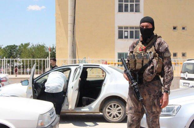 Son dakika: Suruç'ta 4 çuval oy pusulası ele geçti, 3 kişiye gözaltı! Soruşturma başlatıldı