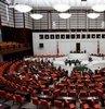 Son dakika... 24 Haziran Cumhurbaşkanlığı ve milletvekili seçimleri tamamlandı. Kesin olmayan sonuçlara göre, milletvekilliği seçimlerinde AK Parti 292, CHP 147, HDP 66, İYİ Parti 46 ve MHP 49 ile Meclis