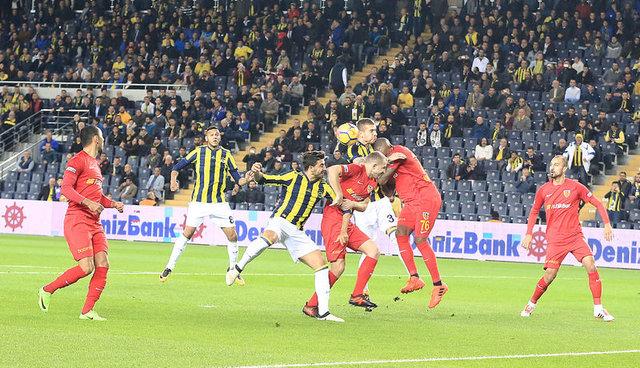 Fenerbahçe'de Ozan Tufan sürprizi (Fenerbahçe'de iki transfer imzayı atıyor)
