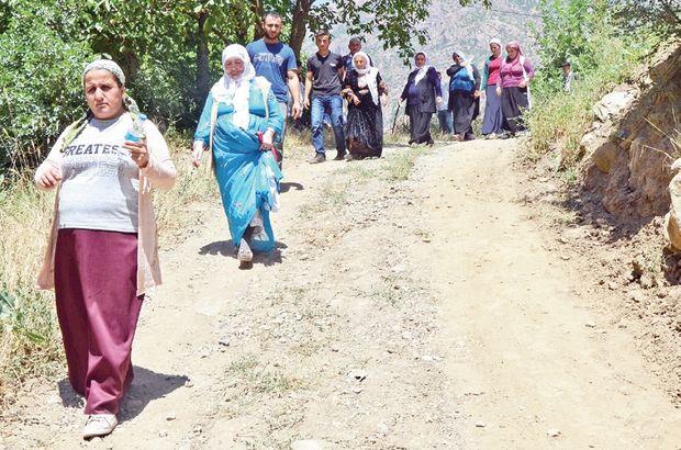 Oy kullanmak için 10 km yürüdüler