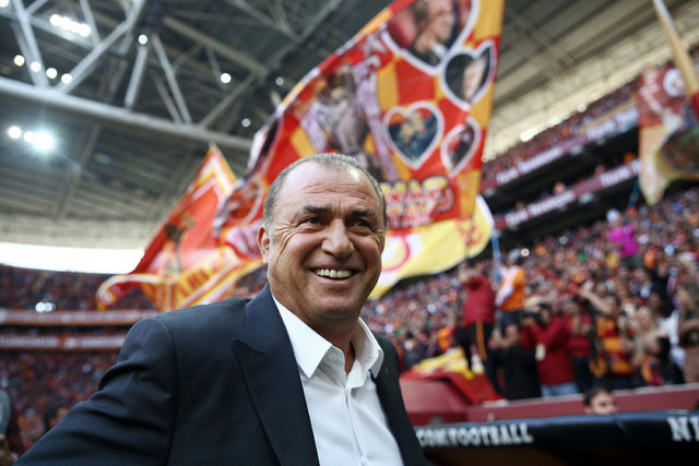 Galatasaray'da gençlik operasyonu! Fatih Terim 9 ismi listesine aldı!