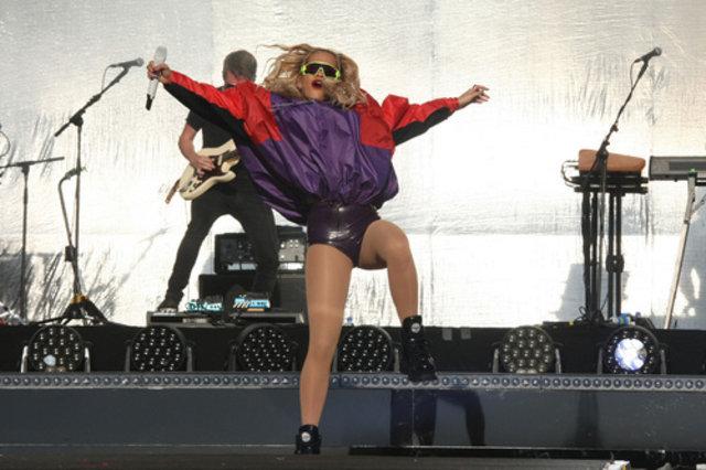Rita Ora şov! - Magazin haberleri