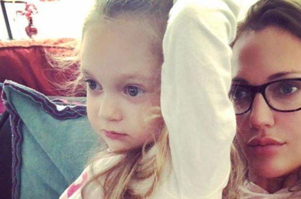 Meryem Uzerli ile kızı Lara'nın keyfi yerinde