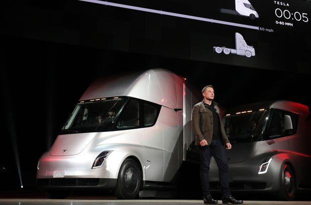 Tesla'nın elektrikli tırı Semi, 'Mad Max' moduna sahip olacak