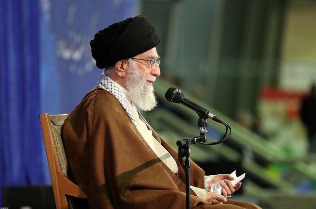 Hamaney'in danışmanı Ruhani'yi hedef aldı!