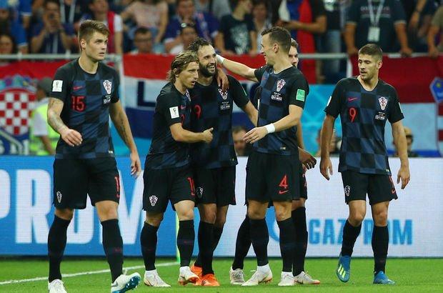 İzlanda: 1 - Hırvatistan: 2   MAÇ SONUCU