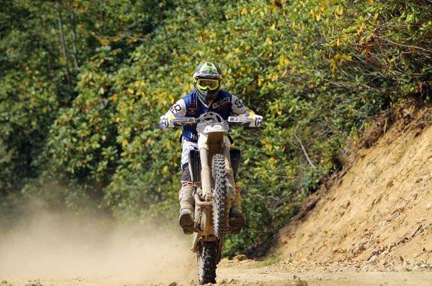 Milli motosikletçiden Avrupa birinciliği