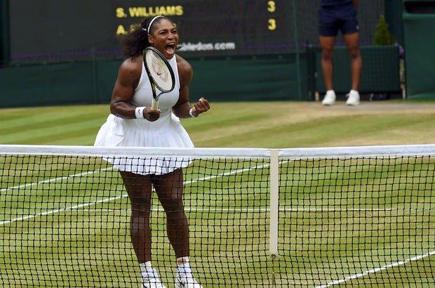 Serena Williams, Wimbledon'da seribaşı