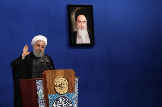 Ruhani'den istifa çağrılarına yanıt!