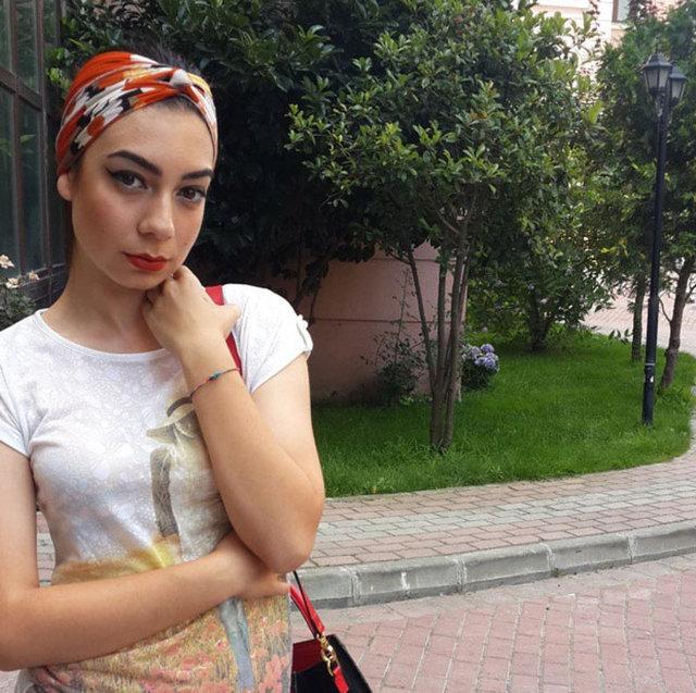 Türk hayranları Dua Lipa'yı Birsu Demir'e benzetti
