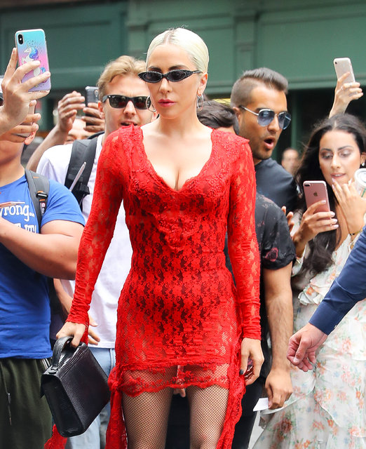 Lady Gaga eski stiline geri döndü - Magazin haberleri