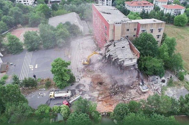 Eski Etiler Polis Okulunda yıkım başladı