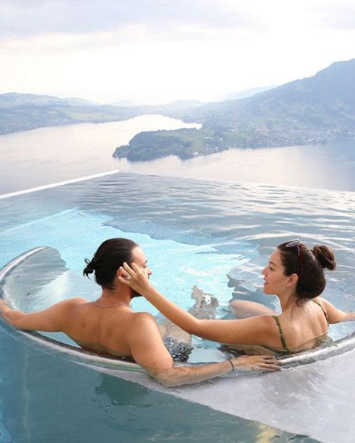 Pelin Akil ile eşi Anıl Altan, İsviçre'de - Magazin haberleri