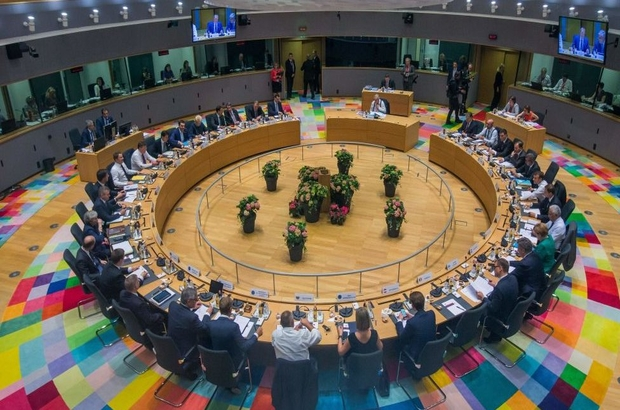 Avrupa Birliği göç konusunda uzlaştı: Türkiye'ye maddi yardım artırılacak