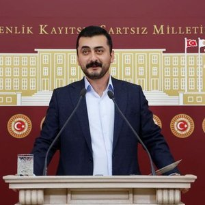 CHP'Lİ EREN ERDEM CEZAEVİNE GETİRİLDİ!