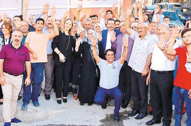 İzmir'de AK Partili vekiller CHP' yi eleştirdi