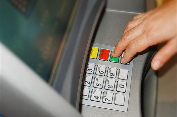 900'den fazla banka hesabı donduruldu