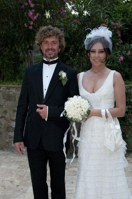 Tan Sağtürk'ten eşi Alona Ataberk'e duygusal mesaj - Magazin haberleri