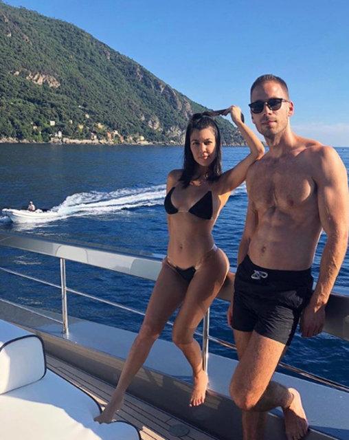 Kourtney Kardashian, Younes Bendjima ile İtalya'da - Magazin haberleri
