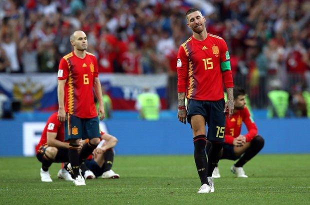 İspanya'nın Dünya Kupası'ndaki ev sahibi laneti, Rusya karşısında da sürdü!