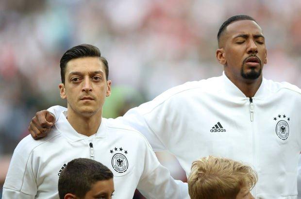 Jerome Boateng, Mesut Özil'e destek oldu