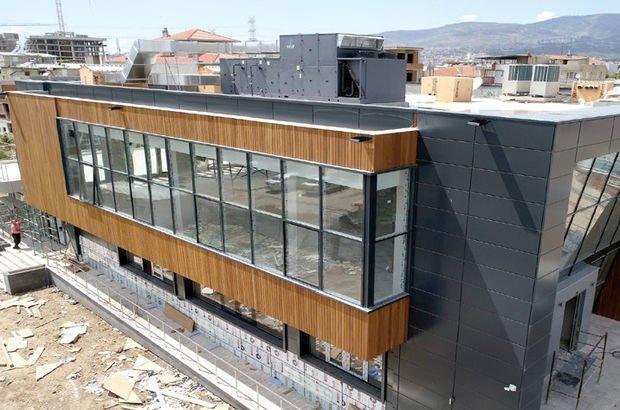 İzmir, Bornova, kültür merkezi