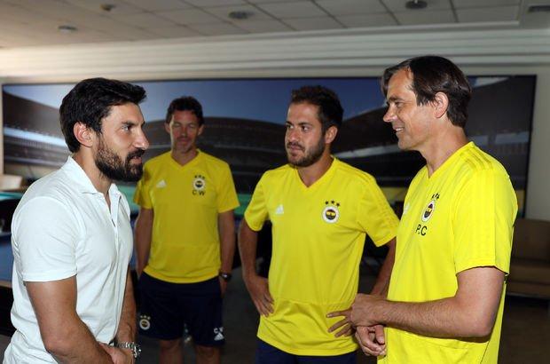 Fenerbahçe'de izinli futbolcular takıma katıldı