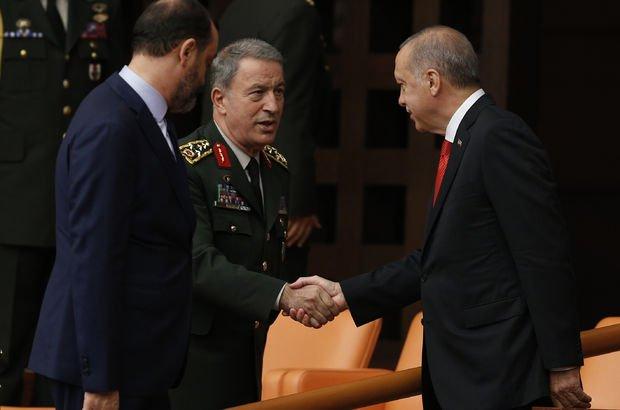 Son dakika: Genelkurmay Başkanı Hulusi Akar Milli Savunma Bakanı oldu