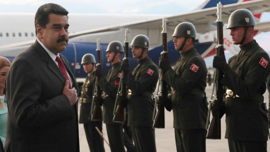 """Maduro'dan  """"Cumhurbaşkanlığı Göreve Başlama Töreni"""" açıklaması"""