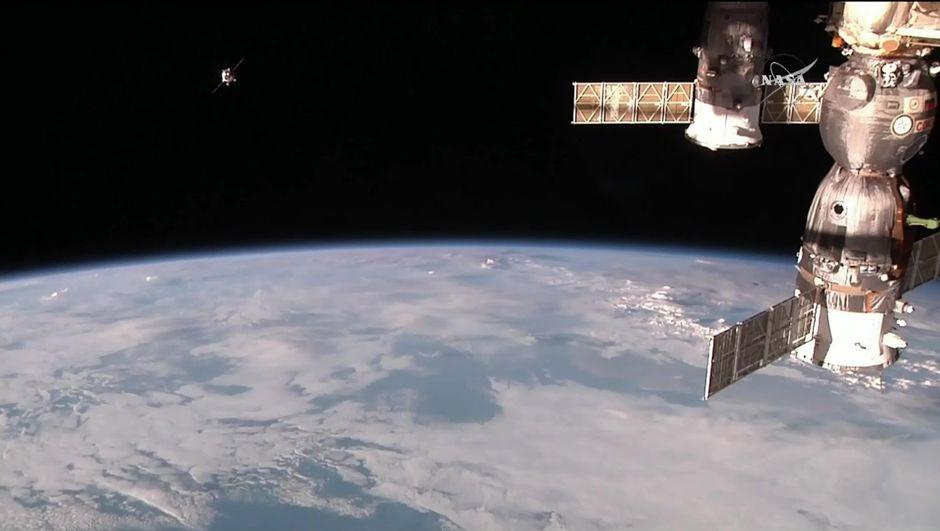 Rusya gözünü uzay rekoruna dikti