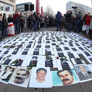 ALMANYA'DAKİ NSU KARARINA HÜKÜMETTEN İLK YORUM!