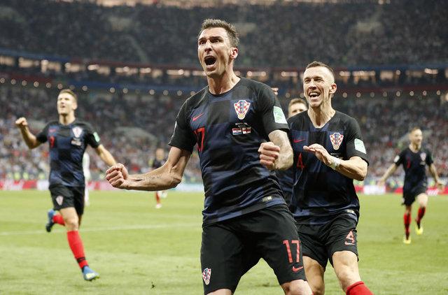 Hırvatistan İngiltere maçı sonrasında milyonlar sevindi, milyonlar üzüldü! Bir ülke evine kupasız dönüyor!