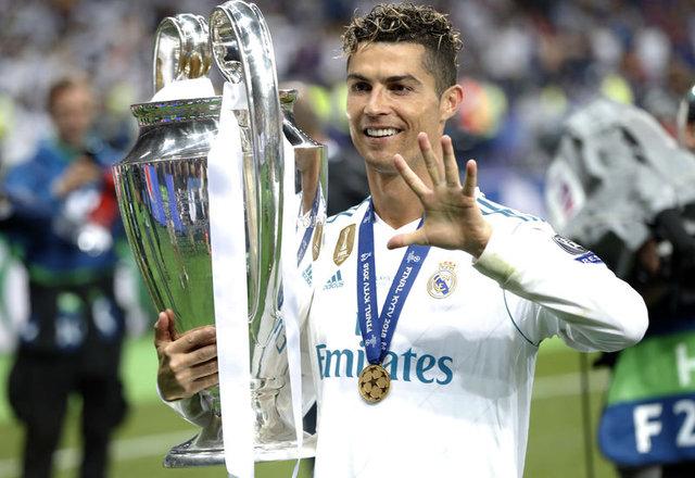 Real Madrid, Cristiano Ronaldo'nun yerini hangi yıldızla dolduracak? Real Madrid transfer haberleri