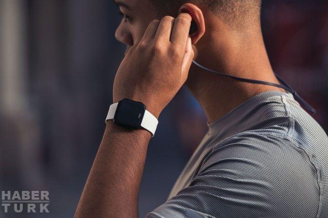Fitbit Versa inceleme! Fiyatı, özellikleri, fotoğrafları