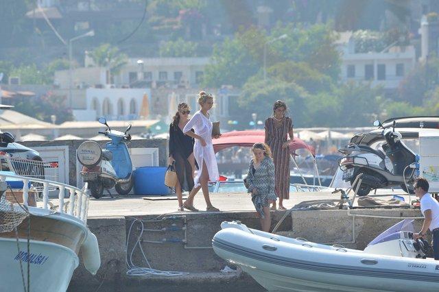İdo Tatlıses'in eski sevgilisi Yasemin Şefkatli tatilde - Magazin haberleri