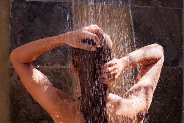 Evde saç bakımı için kullanabileceğiniz bitkisel yağlar