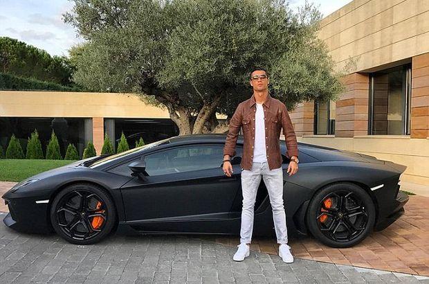 Ronaldo'nun otomobilleri