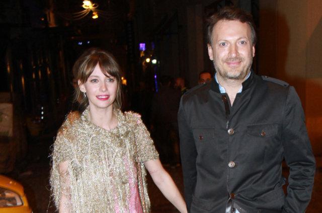 Tuba Ünsal yeni sevgilisi ile Bodrum'da görüntülendi - Magazin haberleri