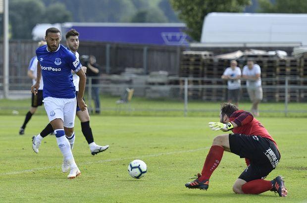 Cenk Tosun, 45 dakikada 4 gol attı!