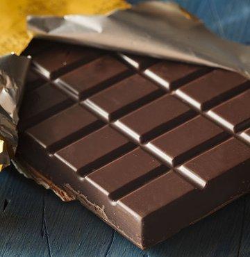 Muz ve kuruyemiş yiyin ama bitter çikolata asla!