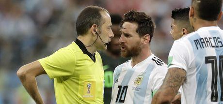 Ne yaptın Messi!