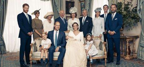 Kate Middleton ve Prens William'ın üçüncü çocuğu Prens Louis'nin vaftiz töreninden görüntüler