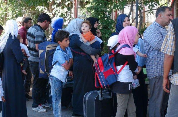 Bayram için giden 40 bini aşkın Suriyeli geri döndü