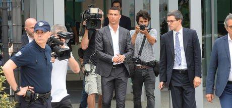 İtalya'da Ronaldo çılgınlığı başladı!