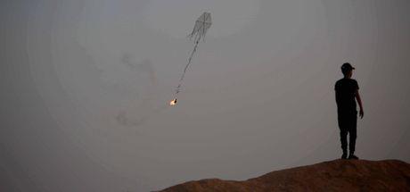 'Yanan uçurtma ve balonlar' İsrail'i karıştırdı!