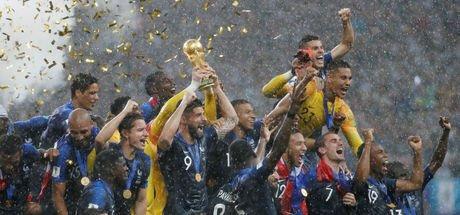 Fransa değil, dünya karması!