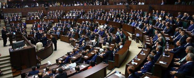 AK Parti'de kritik koltuklara eski bakanlar!