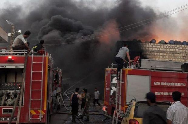 Cinderes'de kimyasal madde deposu yandı