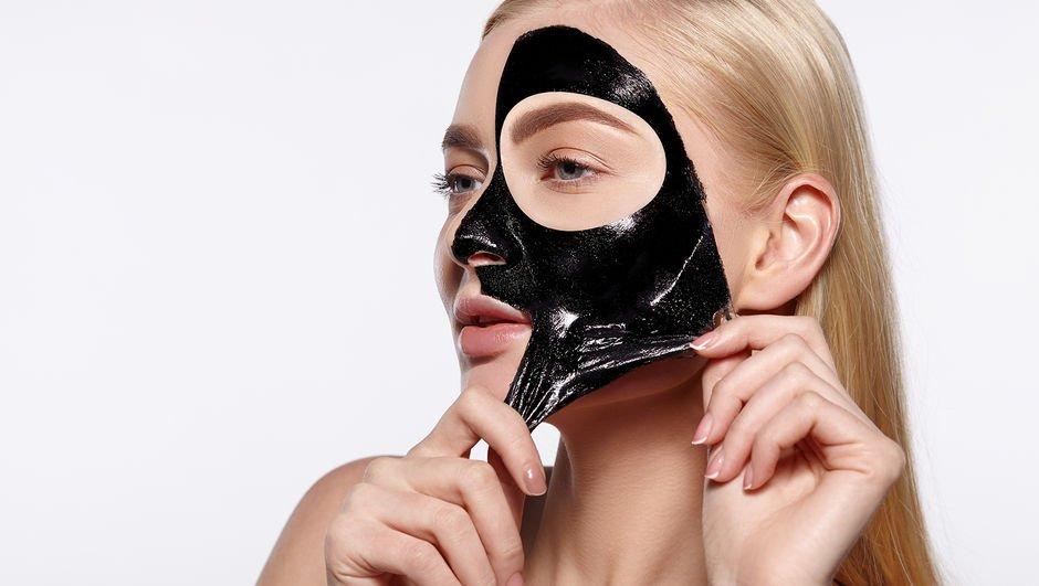Birbirinden etkili siyah nokta maskesi tarifleri